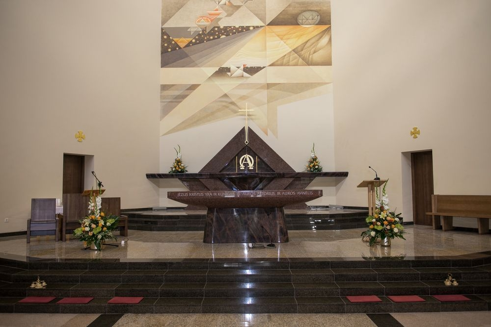 Pakonsekruota Švč. Mergelės Marijos Jūrų Žvaigždės bažnyčia Šventojoje