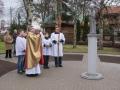 Šventojoje pašventinta Marijos Dangaus ir Žemės Karalienės skulptūra
